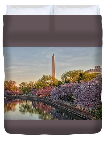Duvet Cover featuring the photograph The Washington Monument And The Cherry Blossoms by Mark Dodd