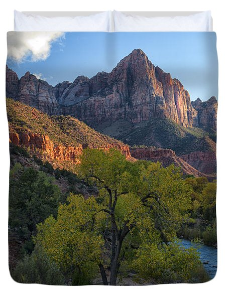 The Watchman And Virgin River Duvet Cover