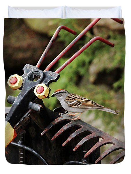 The Yard Birds Duvet Cover