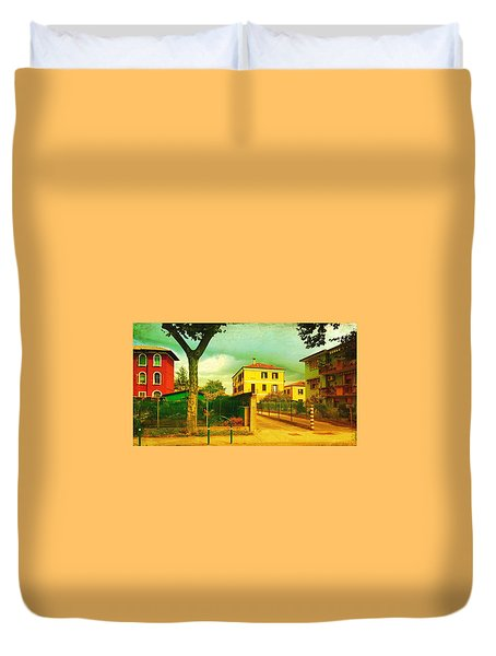 Duvet Cover featuring the photograph The Yellow House by Anne Kotan