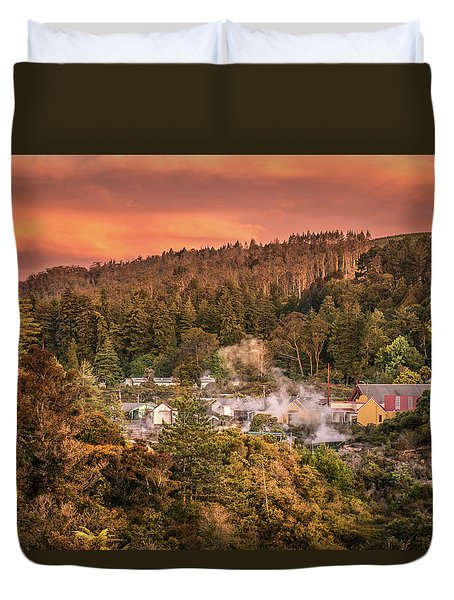 Thermal Village Rotorua Duvet Cover