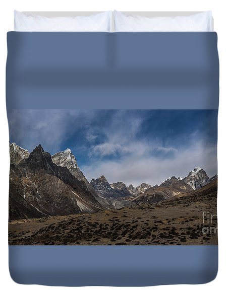 Duvet Cover featuring the photograph Thokla Pass Nepal by Mike Reid