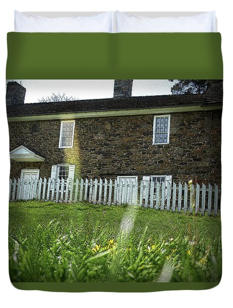 Duvet Cover featuring the photograph Thompson Neely House @ Washington Crossing State Park by Emanuel Tanjala