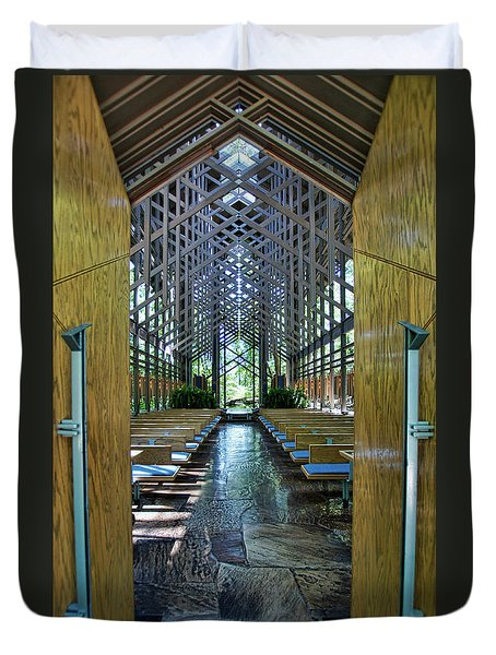 Duvet Cover featuring the photograph Thorncrown Chapel Entrance by Cricket Hackmann