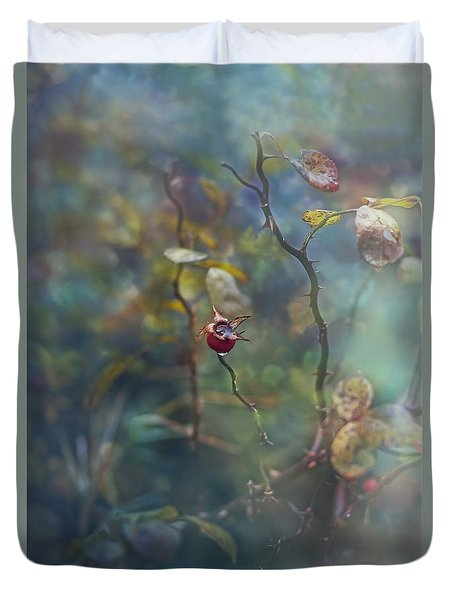 Thorns And Roses Duvet Cover by Agnieszka Mlicka