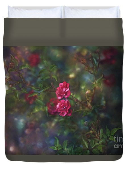 Thorns And Roses II Duvet Cover