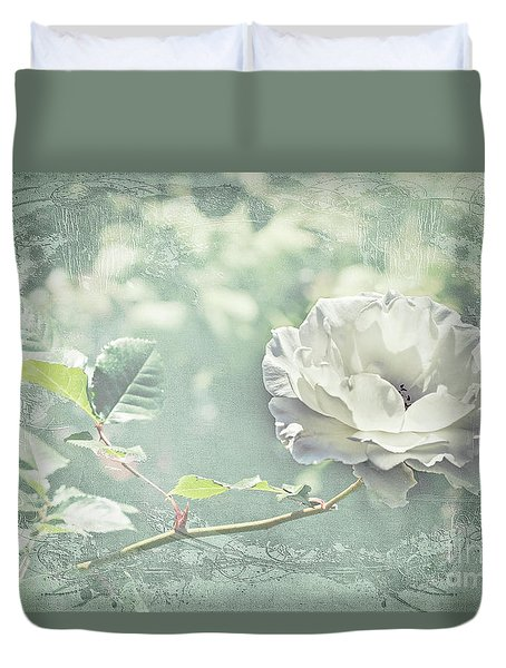 Duvet Cover featuring the photograph Thoughts Of You by Linda Lees