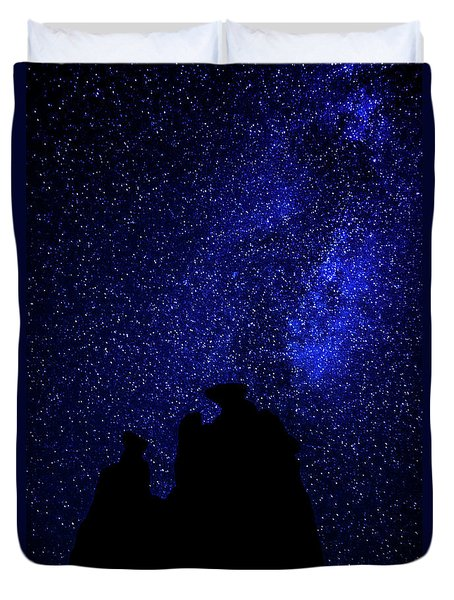 Duvet Cover featuring the photograph Three Gossips And The Milky Way - Arches National Park by Gary Whitton