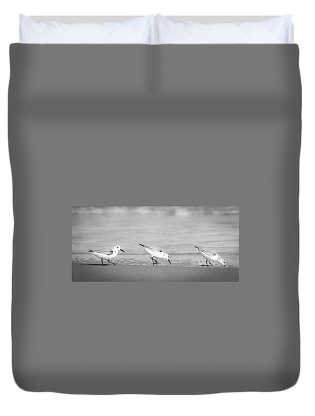 Duvet Cover featuring the photograph Three Hungry Little Guys by T Brian Jones