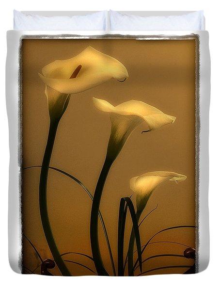 Three Lilies Duvet Cover