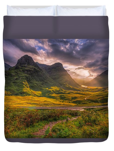 Three Sisters Of Glencoe Duvet Cover by Paul and Fe Photography Messenger