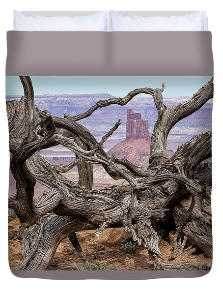 Through Knotted Branches Duvet Cover