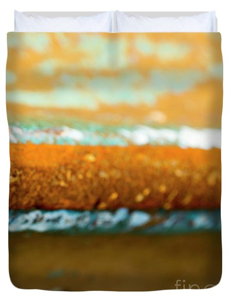 Duvet Cover featuring the photograph Through The Centre by Wendy Wilton