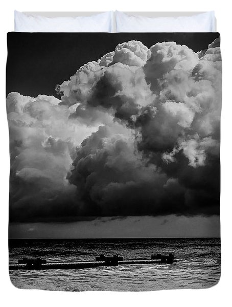 Thunder Head By The Sea Duvet Cover