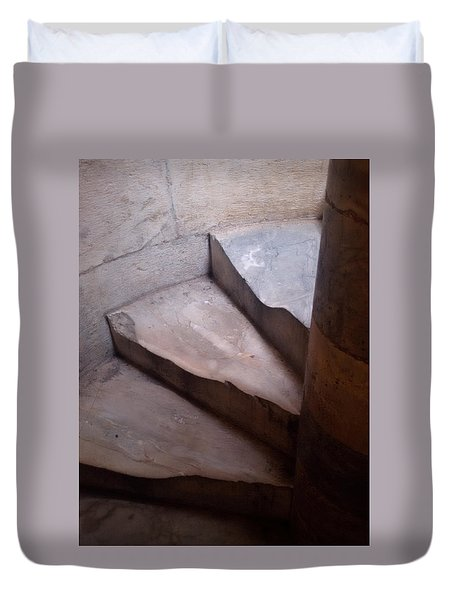 Thy Weary Way Duvet Cover