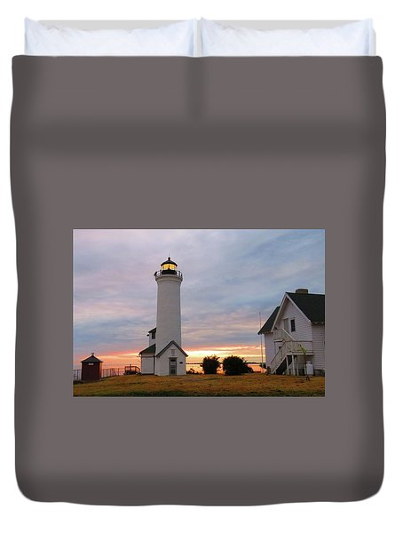 Tibbetts Point Lighthouse, July Sunset Duvet Cover