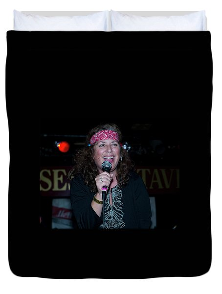 Tima Sings Hungry Heart Duvet Cover