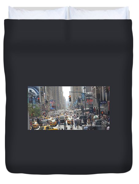 Duvet Cover featuring the painting Times Square Saturday Morning by Rod Jellison