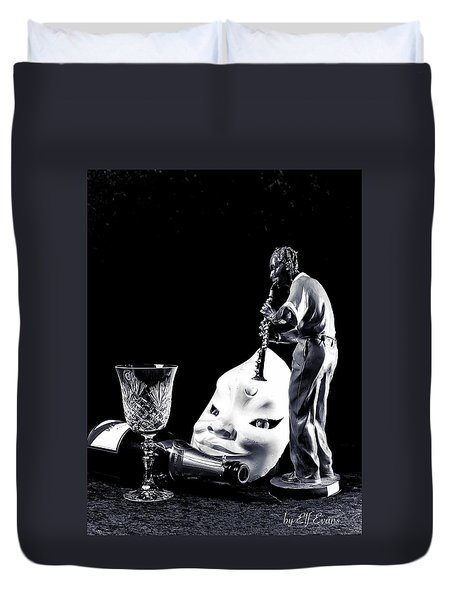 Duvet Cover featuring the photograph Tiny Desk Concert by Elf Evans