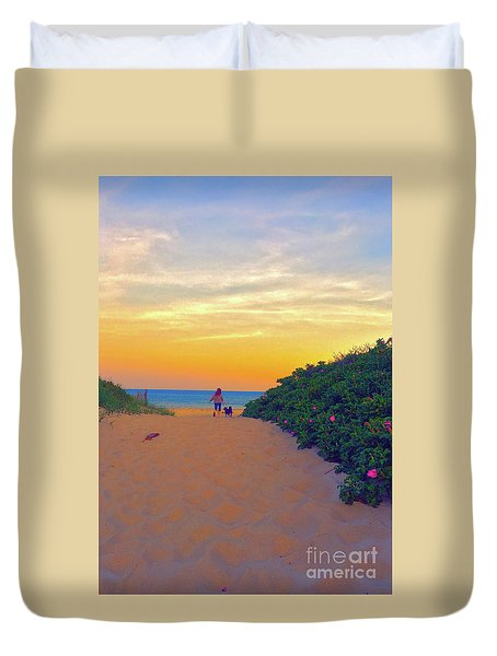 To The Beach Duvet Cover by Todd Breitling