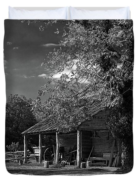 Tobacco Barn - B-w Duvet Cover by Christopher Holmes