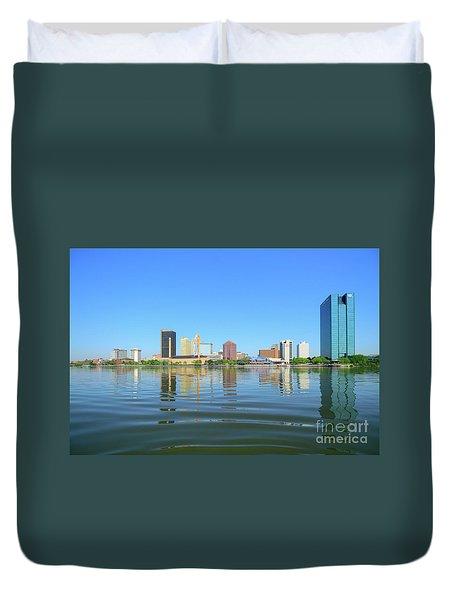 D12u-673 Toledo Ohio Skyline Photo Duvet Cover