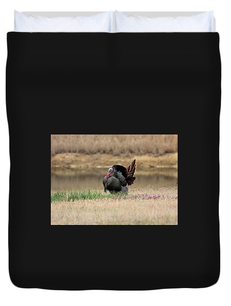 Tom Turkey At Pond Duvet Cover