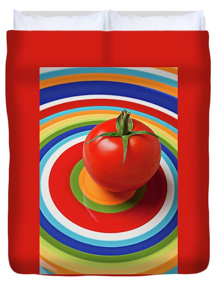 Tomato On Plate With Circles Duvet Cover by Garry Gay