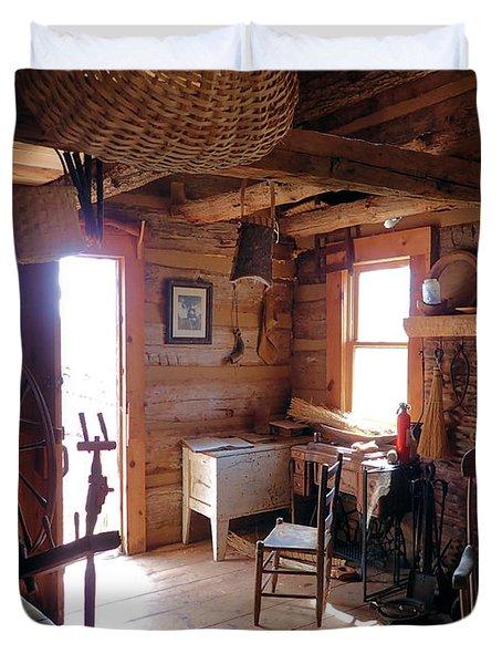Tom's Old Fashion Cabin Duvet Cover