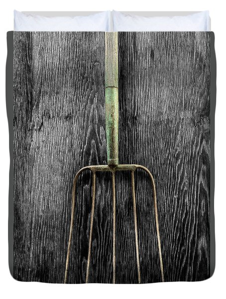 Tools On Wood 7 On Bw Duvet Cover by YoPedro