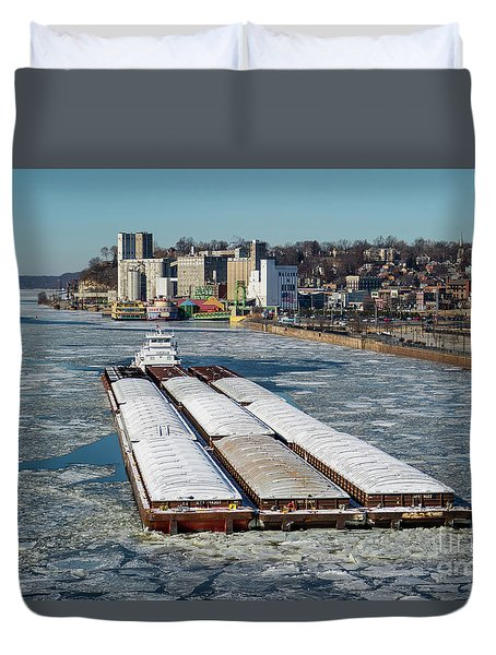 Tow Boat Cooperative Venture On Mississippi River Duvet Cover