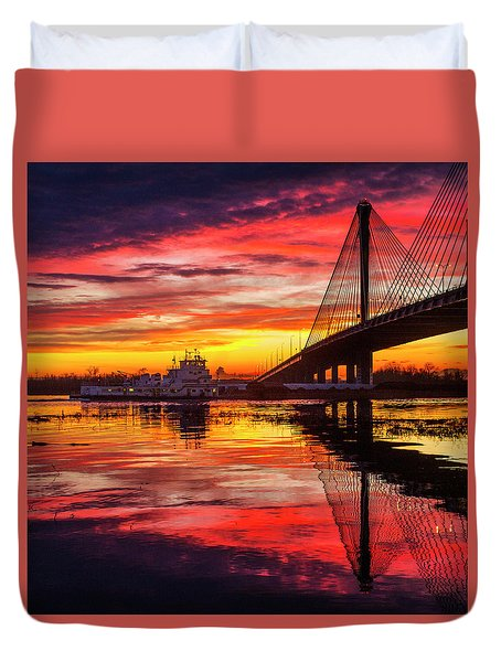Towboat Going Under The Clark Bridge Alton Illinois Duvet Cover