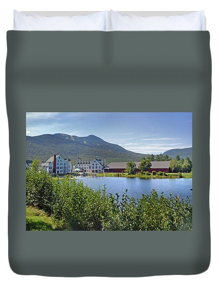 Town Square By The Pond At Waterville Valley Duvet Cover
