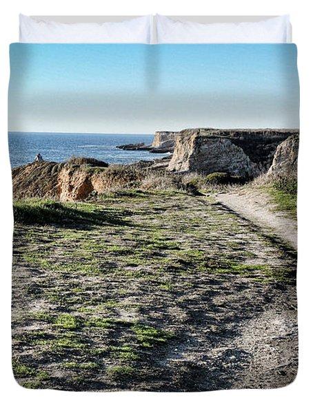 Trail On The Cliffs Duvet Cover