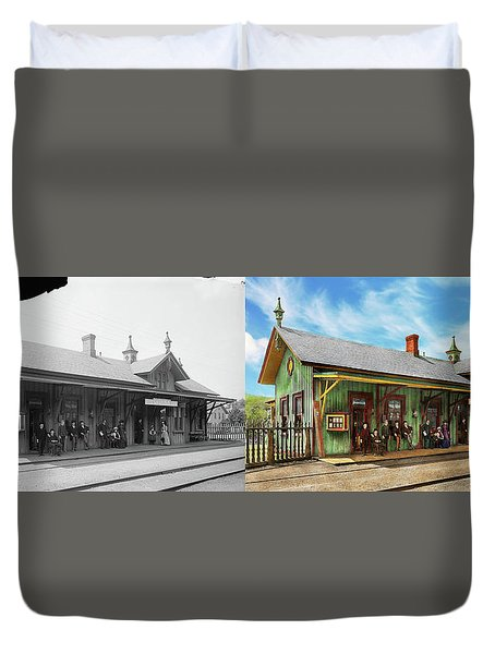 Duvet Cover featuring the photograph Train Station - Garrison Train Station 1880 - Side By Side by Mike Savad