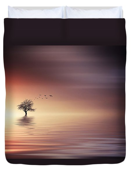 Tree And Birds On Lake Sunset Duvet Cover