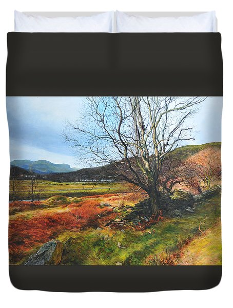 Tree At Aberglaslyn Duvet Cover by Harry Robertson