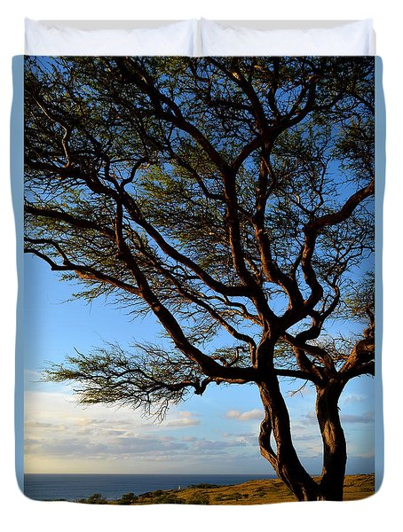Tree At Lapakahi State Historical Park Duvet Cover