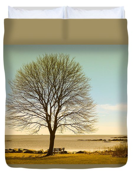 Tree At New Castle Common Duvet Cover by Nancy De Flon