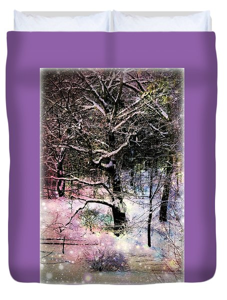 Duvet Cover featuring the photograph Tree In Winter by Robin Regan