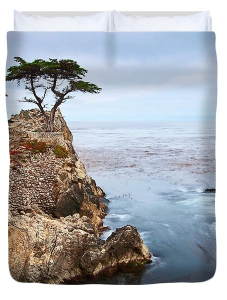 Tree Of Dreams - Lone Cypress Tree At Pebble Beach In Monterey California Duvet Cover