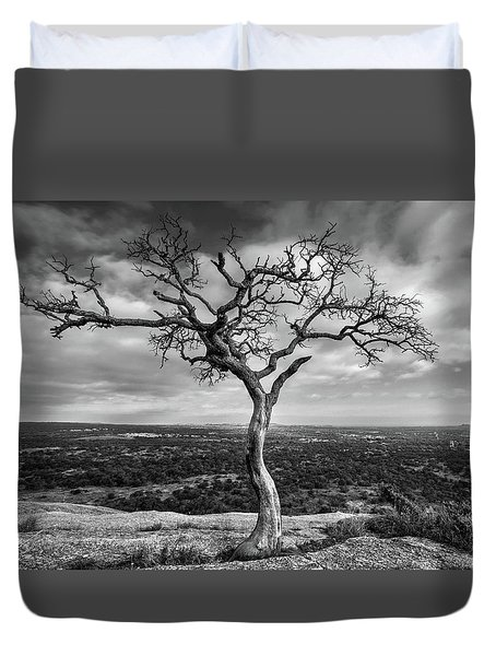 Tree On Enchanted Rock In Black And White Duvet Cover