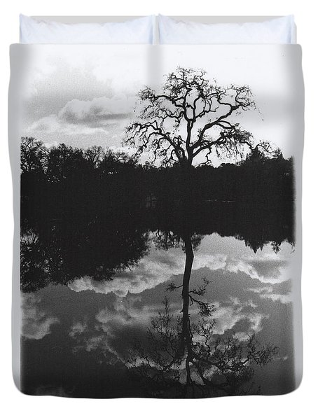 Tree Reflection Sebastopol Ca, Duvet Cover
