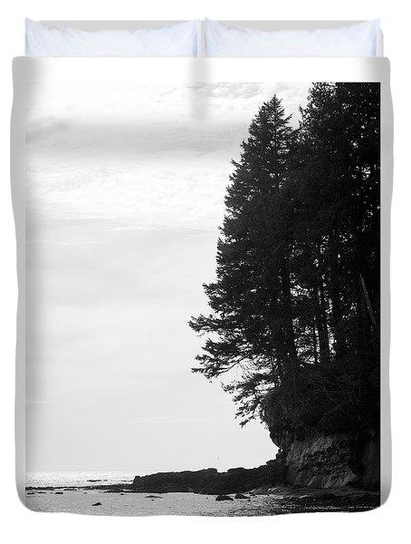 Trees Over The Ocean Duvet Cover