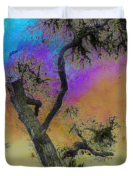 Duvet Cover featuring the photograph Trembling Tree by Lori Seaman