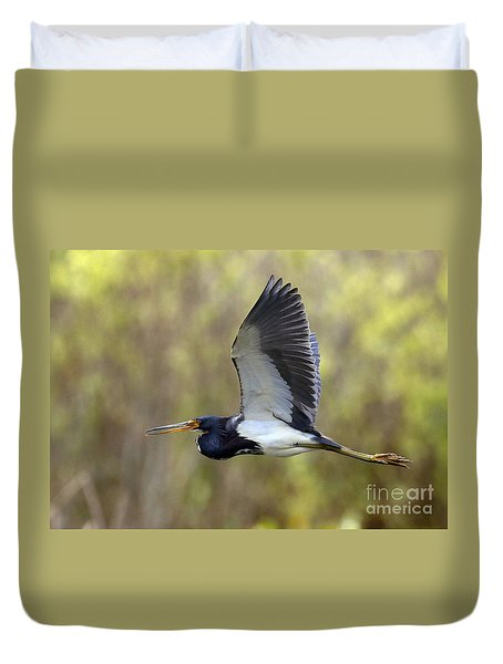 Tri Colored Heron In Flight Duvet Cover by Myrna Bradshaw