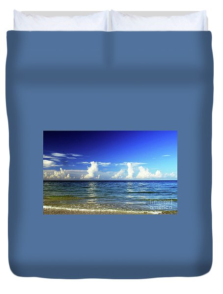 Duvet Cover featuring the photograph Tropical Storm Brewing by Gary Wonning