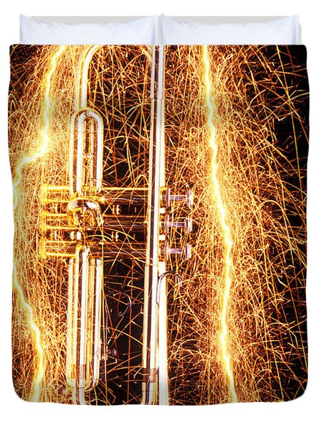 Trumpet Outlined With Sparks Duvet Cover
