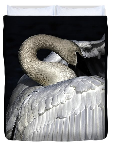 Duvet Cover featuring the photograph Trumpeters Glory by Sue Harper