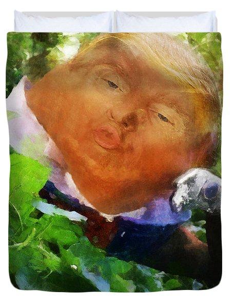 Trumpty Dumpty San On A Wall Duvet Cover